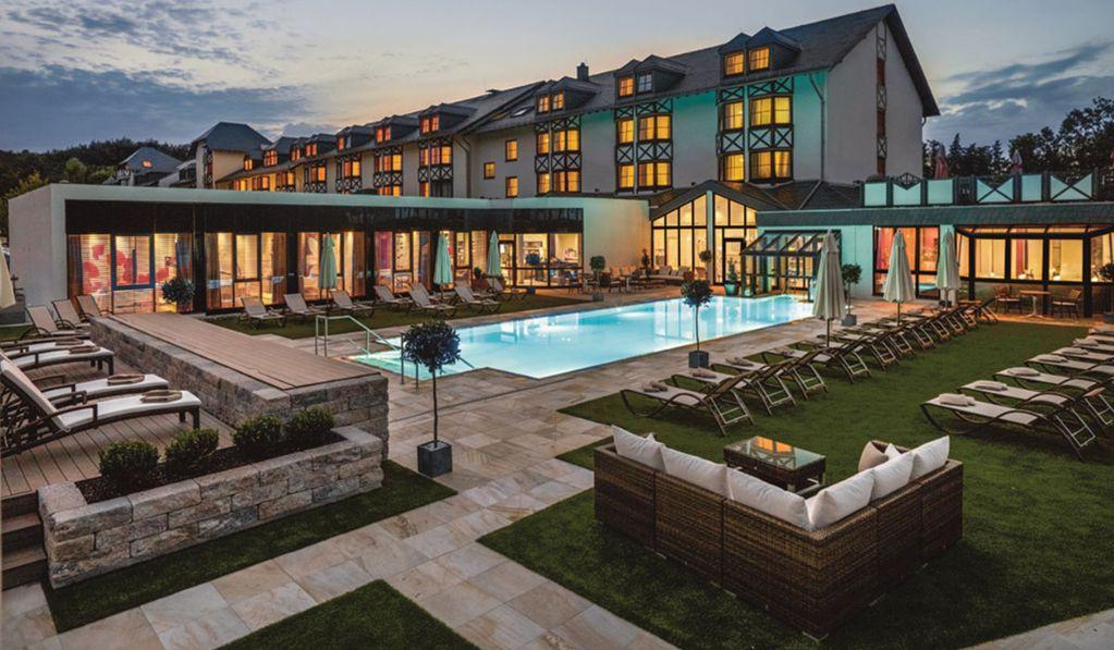 Pelouse synthétique pour hôtels