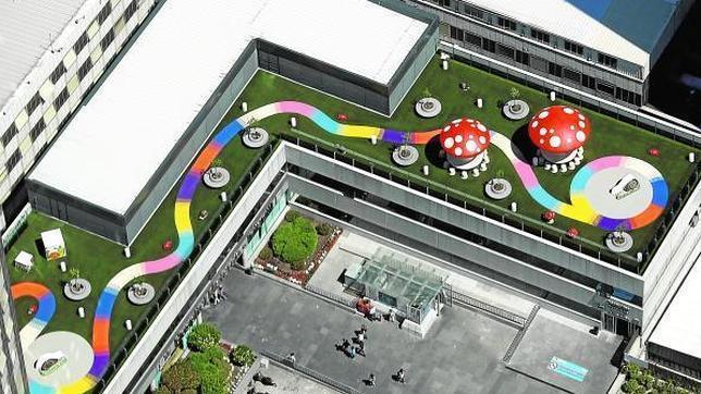 Du gazon synthétique pour le toit de l'hôpital
